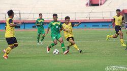 Pra Pon 2020: Tim Sepakbola Jatim Tekuk Kalsel 6-1