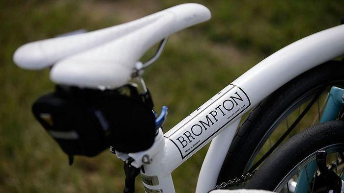 Brompton menjadi sepeda lipat idola para jutawan. Foto: Matthew Lloyd/Getty Images