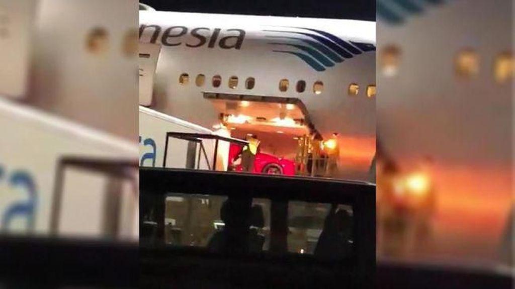 Kementerian BUMN Minta Bea Cukai Usut Video Ferrari di Pesawat Garuda