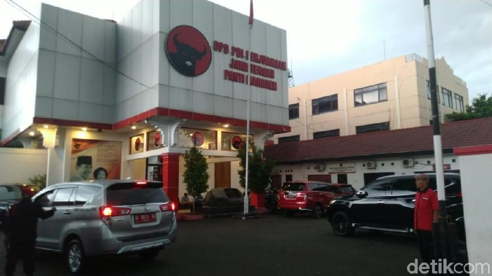 Kantor DPD PDIP Jateng di Semarang, Jumat (6/12/2019). (Foto: Angling Adhitya Purbaya/detikcom)