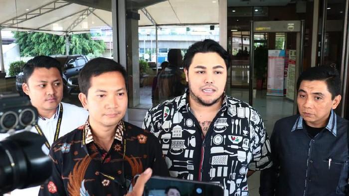 Ivan Gunawan Diperiksa Terkait Kasus Salon Ilegal (Foto: Istimewa)