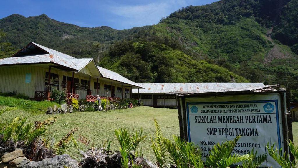 Mendikbud Nadiem, Akses Pendidikan di Pedalaman Papua Butuh Bantuan