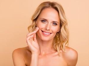 10 Cara Melembabkan Wajah, dari Minyak Zaitun hingga Mentimun