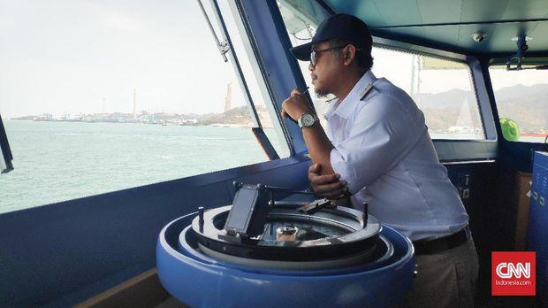 Melaut dengan Kapal Tangker Minyak MT Morotai