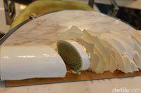 Kisah Bolu Gulung yang Jadi Kue Ikonik Natal
