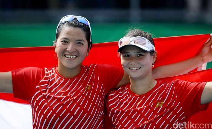 Beatrice Gumulya/Jessy Rompies menyumbang medali emas di nomor ganda putri tenis SEA Games 2019.