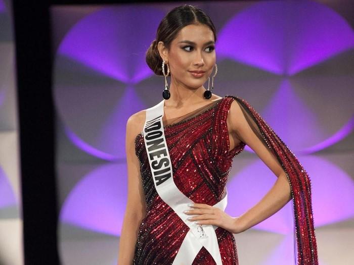 Puteri Indonesia 2019 Frederika Alexis Cull di Miss Universe 2019. (Foto: dok. HO/The Miss Universe Organization)