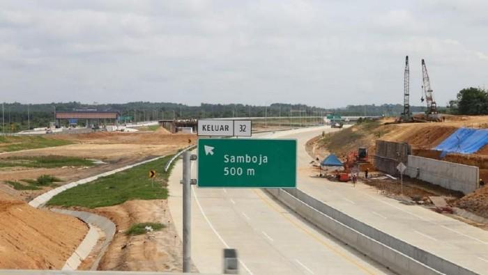 Jalan Tol Balikpapan–Samarinda (Balsam) khususnya seksi 2,3, dan 4 sepanjang 66 km siap diresmikan. Secara keseluruhan progres konstruksinya saat ini capai 97 %