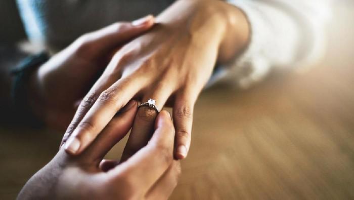 Ilustrasi pasangan menikah