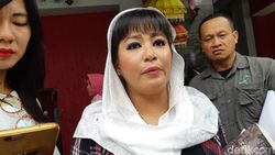 Laporkan Novel soal Rekayasa Teror, Dewi Tanjung Didukung OC Kaligis