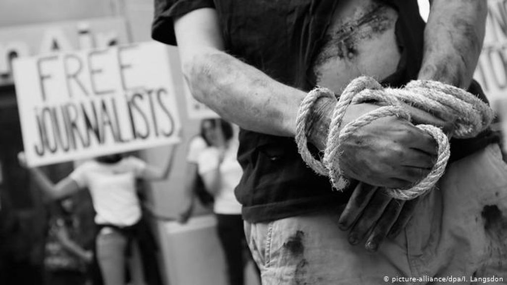 Terlalu Kritis, Wartawan Iran di Eropa Hadapi Intimidasi Teheran