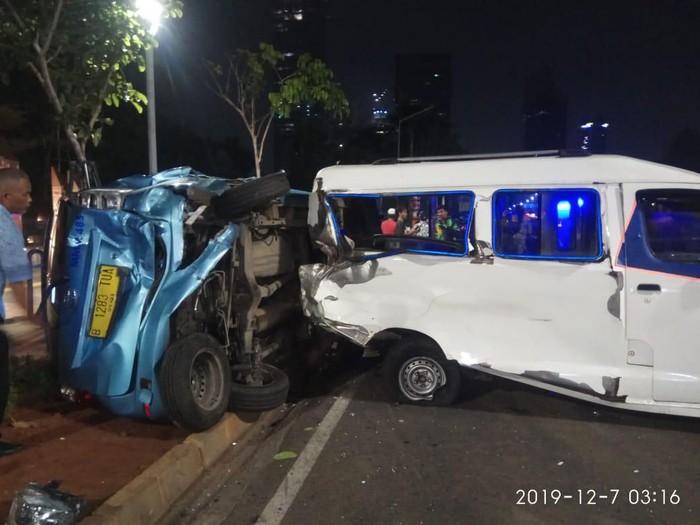 Kecelakaan di Jalan Jenderal Sudirman (Foto: Istimewa)