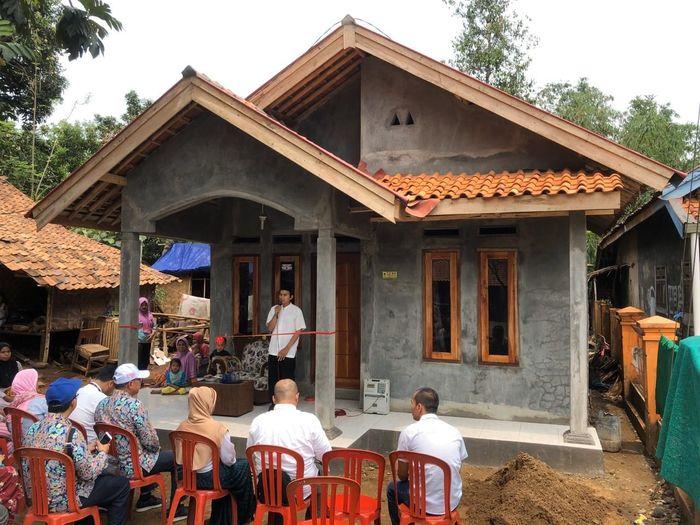 Ada 4.411 rumah tidak layak huni di Provinsi Banten yang dibedah lewat program bedah rumah yang dilaksanakan melalui Bantuan Stimulan Perumahan Swadaya (BSPS).