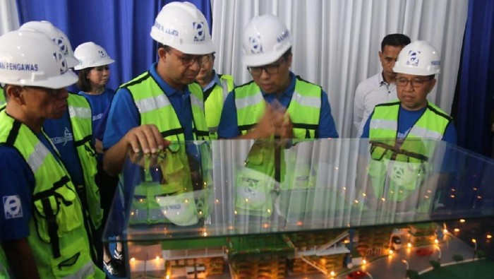 Gubernur DKI Jakarta Anies Baswedan ground breaking IPAL Krukut (Foto: dok. Pemprov DKI)