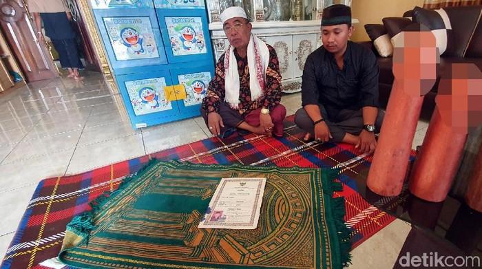 Menurut pengakuan keluarga, Mak Irot dan Mak Erot pernah bekerjasama. (Foto: Syahdan Alamsyah/detikHealth)