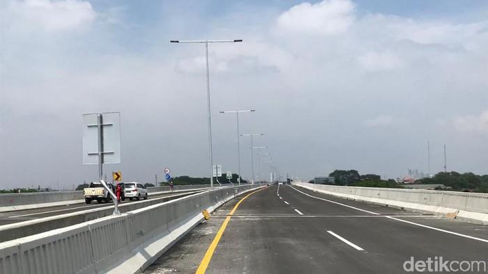 Tol Layang Jakarta-Cikampek (Foto: Rolando/detikcom)