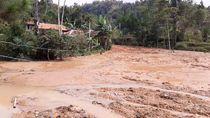 Danau Lumpur Dadakan Kejutkan Warga Cilangari Bandung Barat