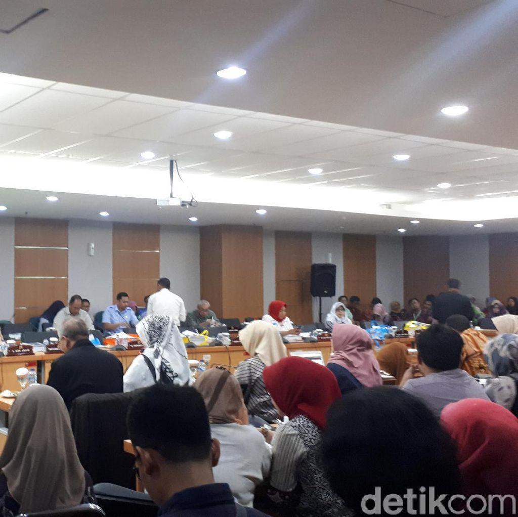 Data 50 Ribu Warga Jakarta Positif HIV Disinggung di Rapat DPRD DKI