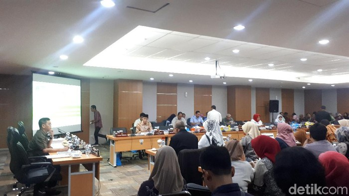 Rapat Dinkes DKI dengan DPRD DKI. (Dwi Andayani/detikcom)