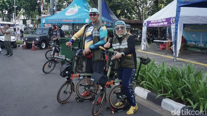 Pasutri ini mengaku latah membeli sepeda brompton karena sedang viral. (Foto: Nafila Sri Sagita K/detikHealth)