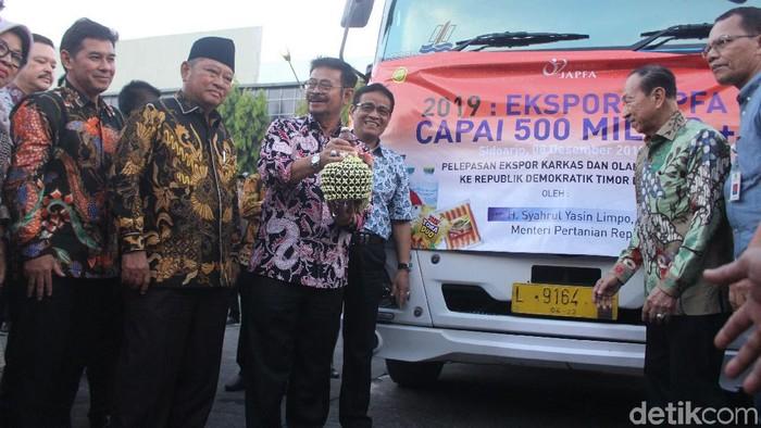 Mentan melepas ekspor (Foto: Suparno)