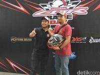 Yusa, Juara 1 Kontes Modifikasi CBR 250.