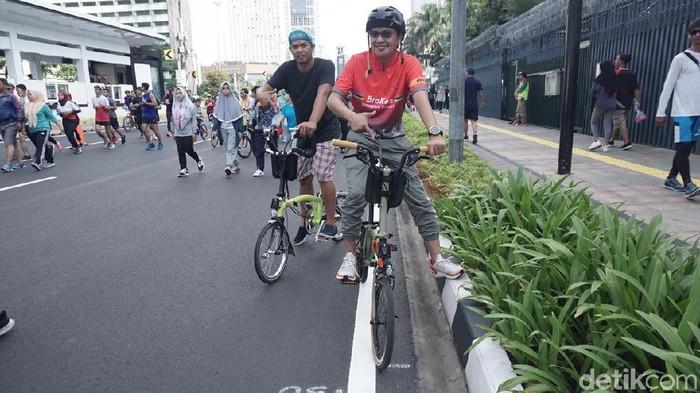 Para pemilik sepeda mahal Brompton (Foto: Achmad Reyhan Dwianto/detikHealth)