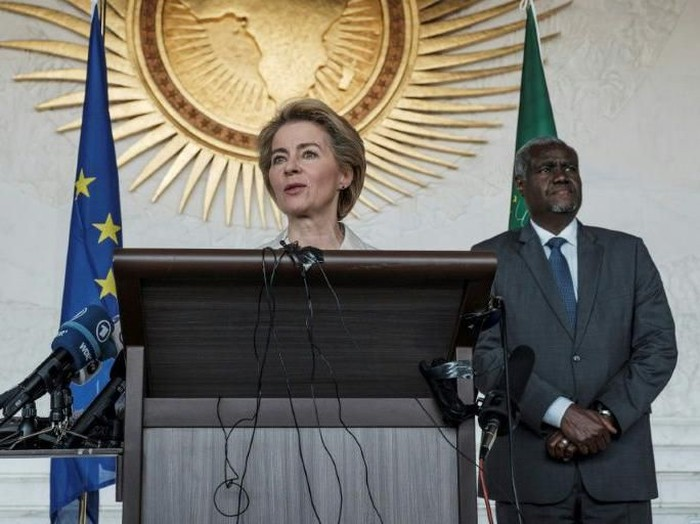 Presiden Komisi Eropa Ursula von Der Leyen mengunjungi markas Uni Afrika di Etiopia. (Foto: AFP Photo/Eduardo Soteras)