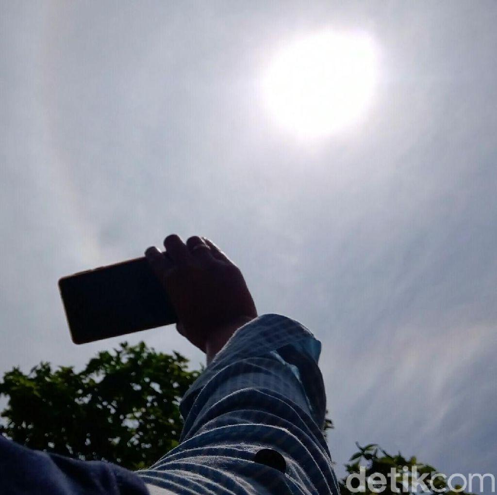 Fenomena Matahari Bercincin Hiasi Langit Purworejo Siang Ini