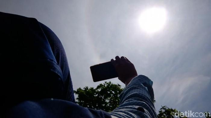 Halo matahari di Purworejo. (Foto: Rinto Heksantoro/detikcom)