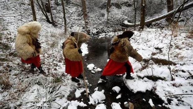 Tradisi Iblis Bertopeng dalam Perayaan Pra-Natal di Ceko