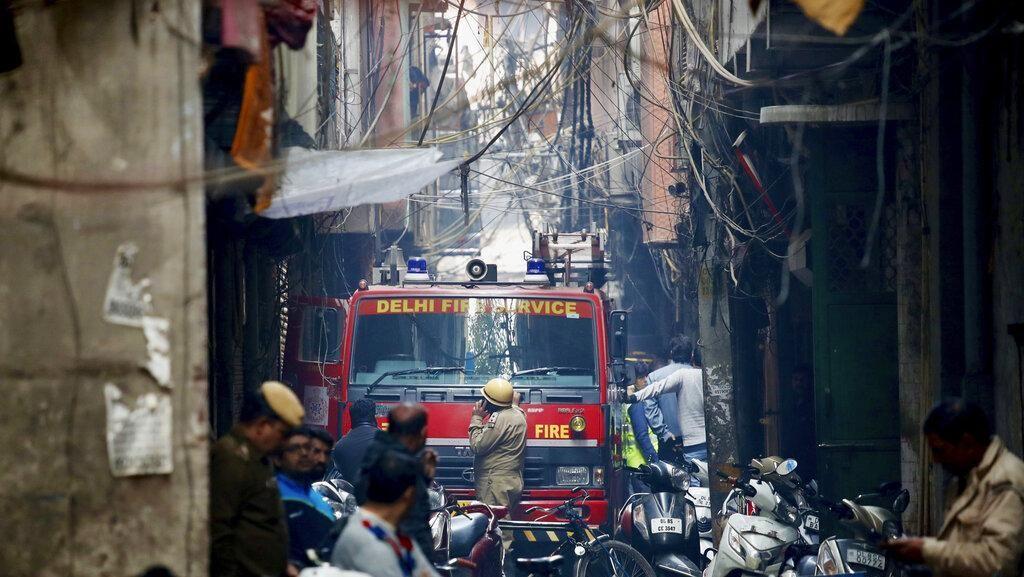 43 Orang Tewas dalam Kebakaran Pabrik di New Delhi