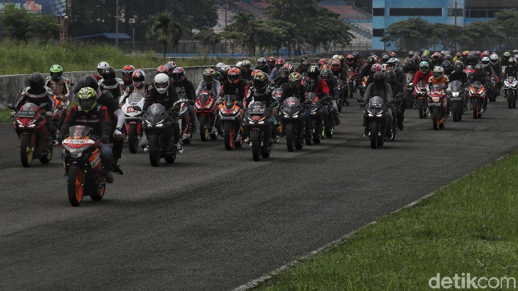 Momen Parade Ratusan Bikers di CBR Race Day