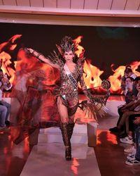 Puteri Indonesia 2019 Frederika Alexis Cull cetak sejarah masuk top 10 Miss Universe 2019