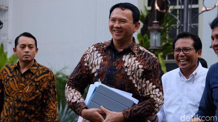 Foto: Komisaris Utama Pertamina Basuki Tjahaja Purnama alias Ahok ke Istana (Andhika Prasetia/detikcom)