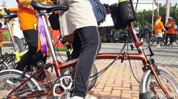 Sepeda 'premium' milik Neni.
