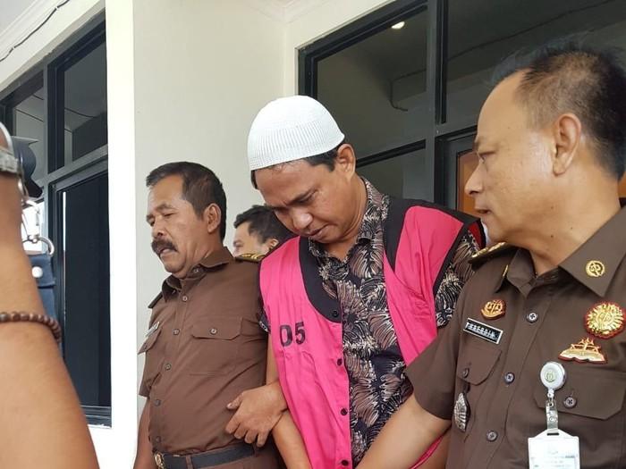 Eks Kades ditahan Kejaksaan (Foto: dok. Istimewa)