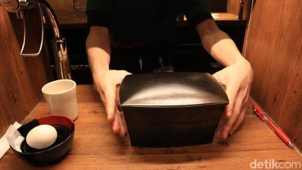 Menjajal Nikmatnya Ramen Halal Ichiran di Jepang