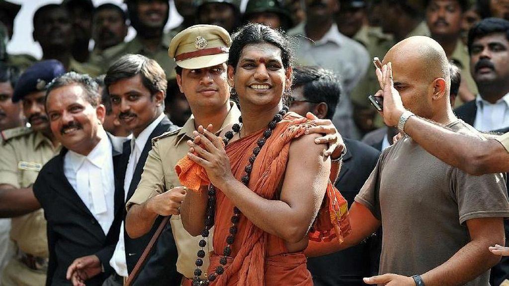 India Buru Guru Spiritual Terkait Pemerkosaan dan Penculikan Anak-anak