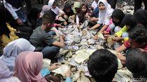 Penampakan Mushaf Al-Quran yang Rusak Akibat Kebakaran MI Batujajar