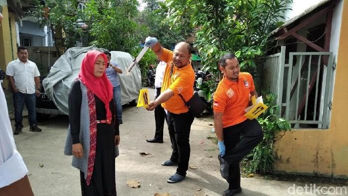 Foto: Prarekonstruksi kasus balita tanpa kepala di Samarinda (Suriyatman/detikcom)