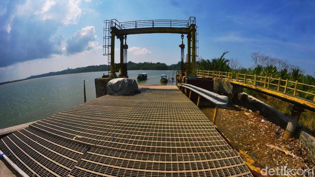 Pelabuhan Majingklak Pangandaran, Hidup Segan Mati Pun Tak Mau