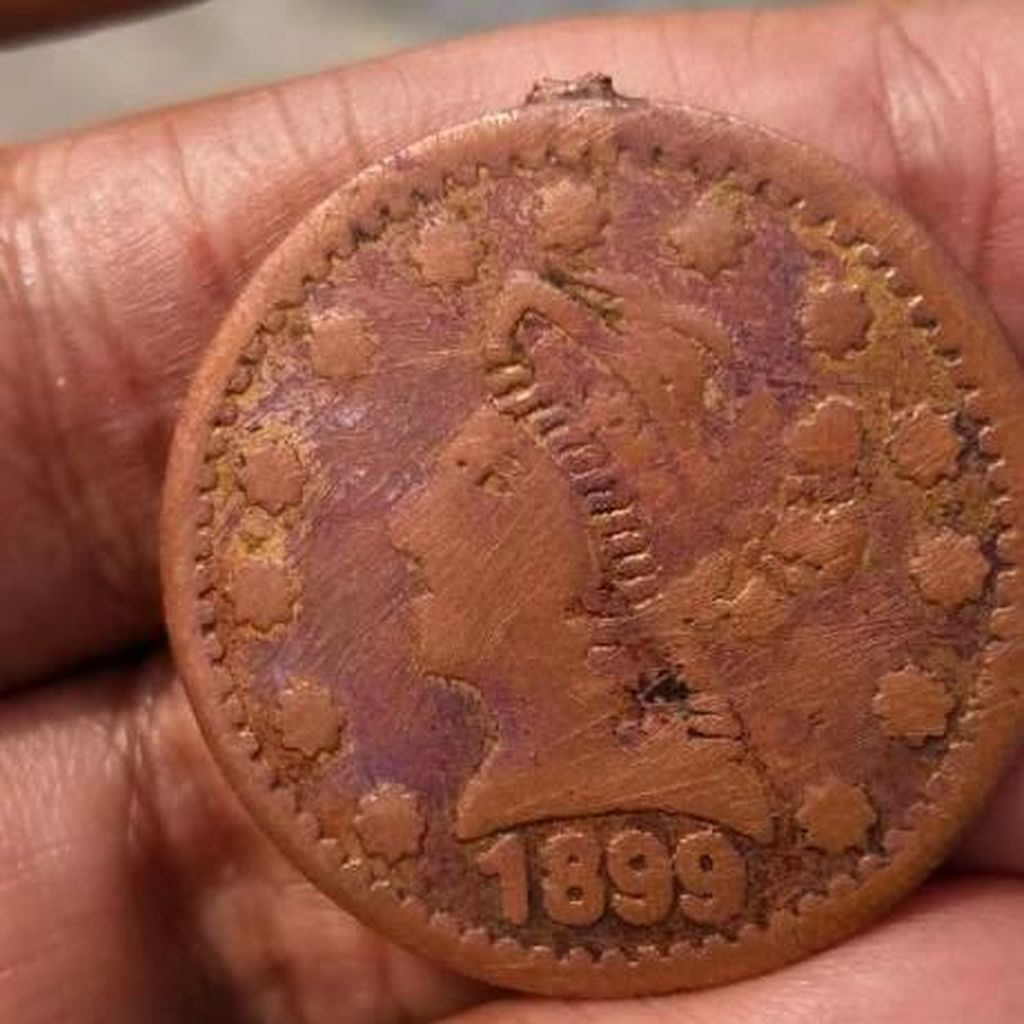Pemkab Duga Temuan Koin Kuno 1899 di Bekasi Peninggalan Belanda