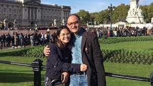 Gaya Iis Dahlia Jelang Usia 44 Tahun
