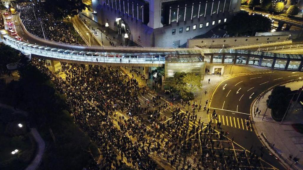 Demo di Hong Kong Masuk Bulan Ketujuh