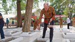Dubes Belanda Tabur Bunga di Makam Korban Tragedi Rawagede