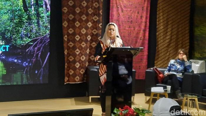 Yenny Wahid menjadi pembicara diskusi di Paviliun Indonesia di Konferensi Perubahan Iklim. (Mei Amelia/detikcom)