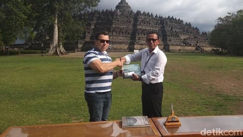 Candi Borobudur Bikin Pejabat Kemenlu Republik Ceko Terkesan. (Foto: Eko Susanto/detikcom)