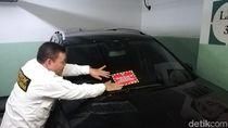 Mobil Dipasang Stiker, Penunggak Pajak Diberi Waktu 7 Hari untuk Bayar