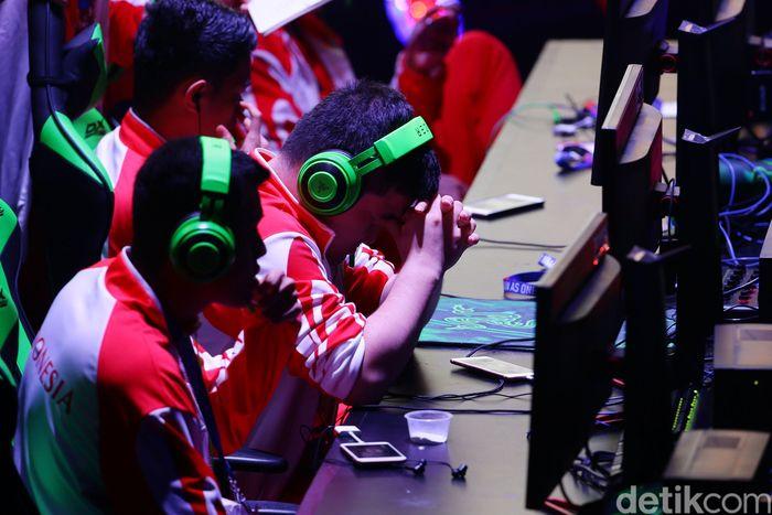 Timnas Mobile Legends Indonesia kalah 3-2 dalam partai final menghadapi Filipina.